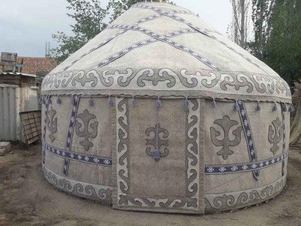 Kirgizų originali rankų darbo JURTA